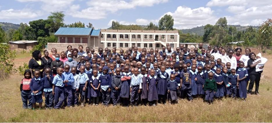 Picture of mission trip participants